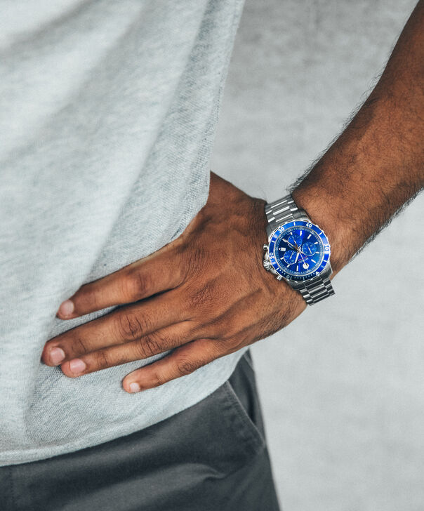 MOVADO Series 8002600141 – Men's 42 mm bracelet chronograph - Other view