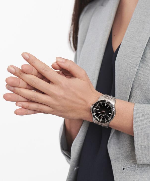 MOVADO Series 8002600145 – Men's 40 mm bracelet watch - Other view